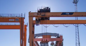 Skeleton Technologies' port crane with KERS at Baltic Sea container terminal.